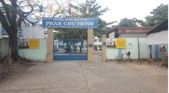 Khuôn viên trường THCS Phan Chu Trinh- thị xã Phú Mỹ